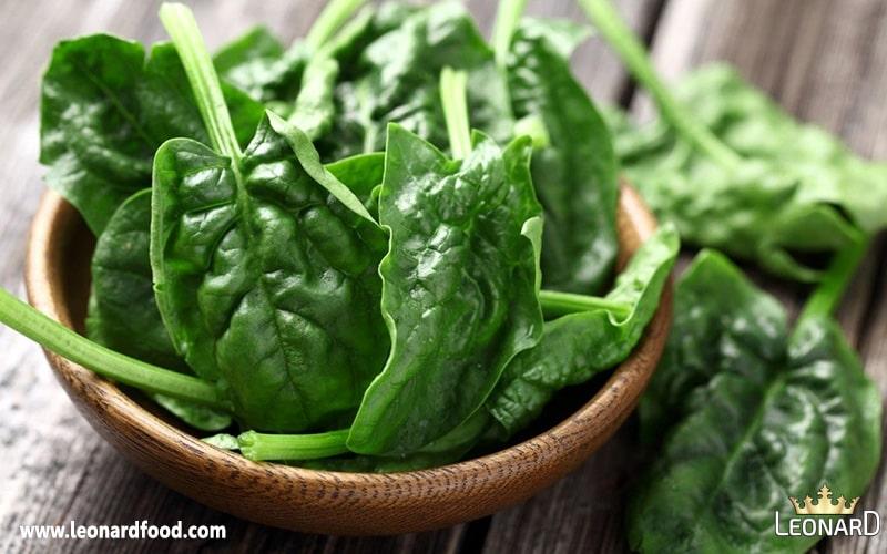 اسفناج کلم و سبزیجات برگی